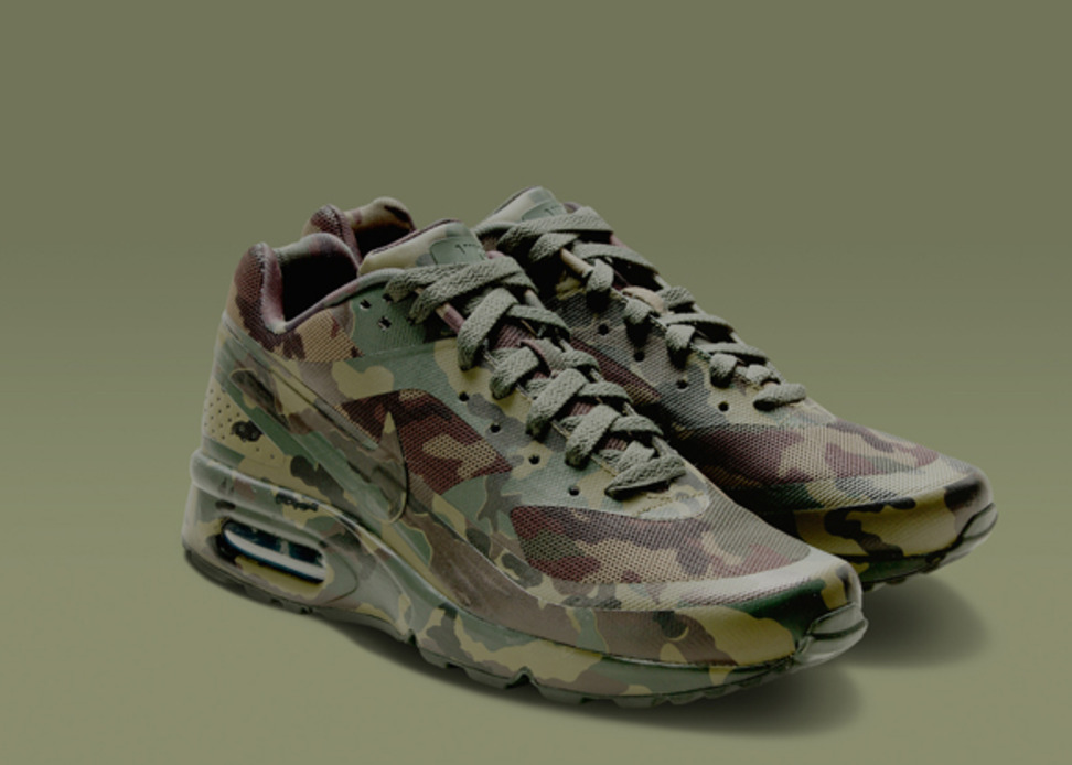 nike air max camo collection sole collector. Black Bedroom Furniture Sets. Home Design Ideas