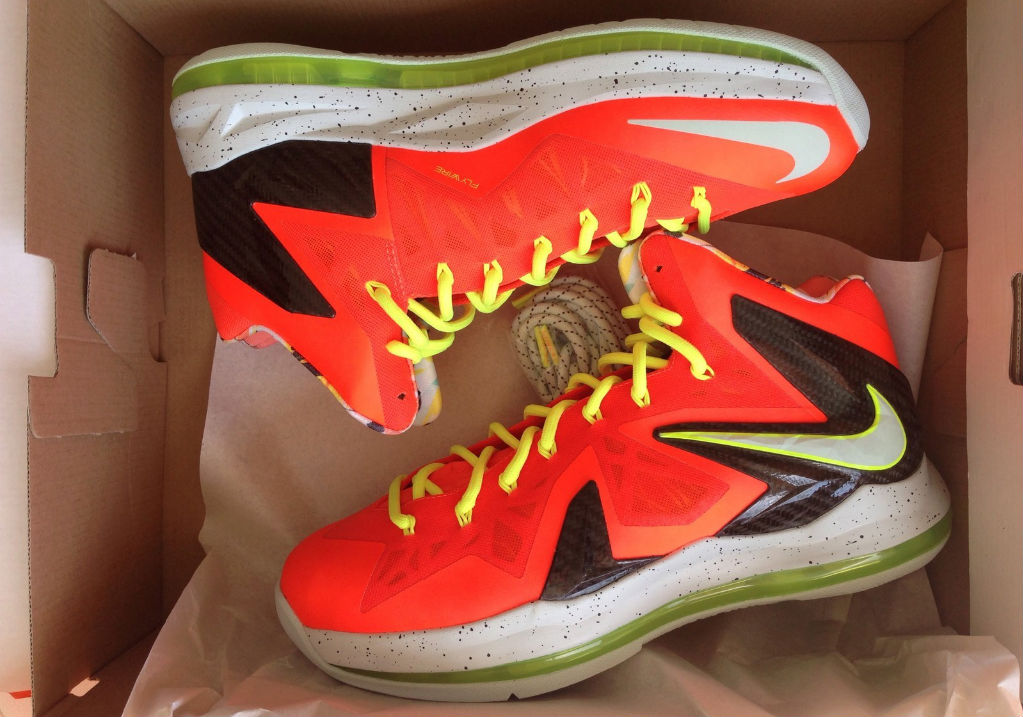 the latest 062e4 75f5c Nike LeBron X PS Elite - Total Crimson Fiberglass-Black-Volt   Sole  Collector