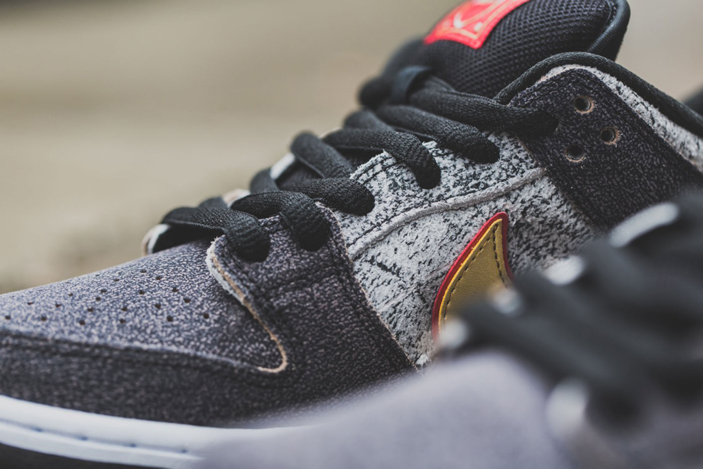 18c1f5c3d099 UPDATE  Nike SB Dunk Low Premium QS  Beijing