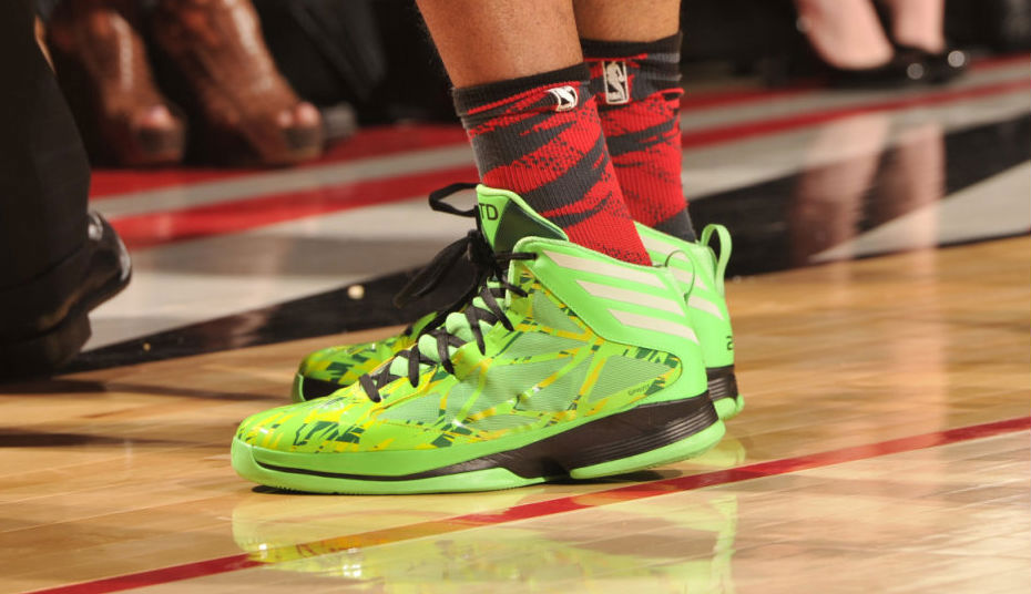 Tim Duncan wearing adidas Crazy Fast All-Star PE (3)
