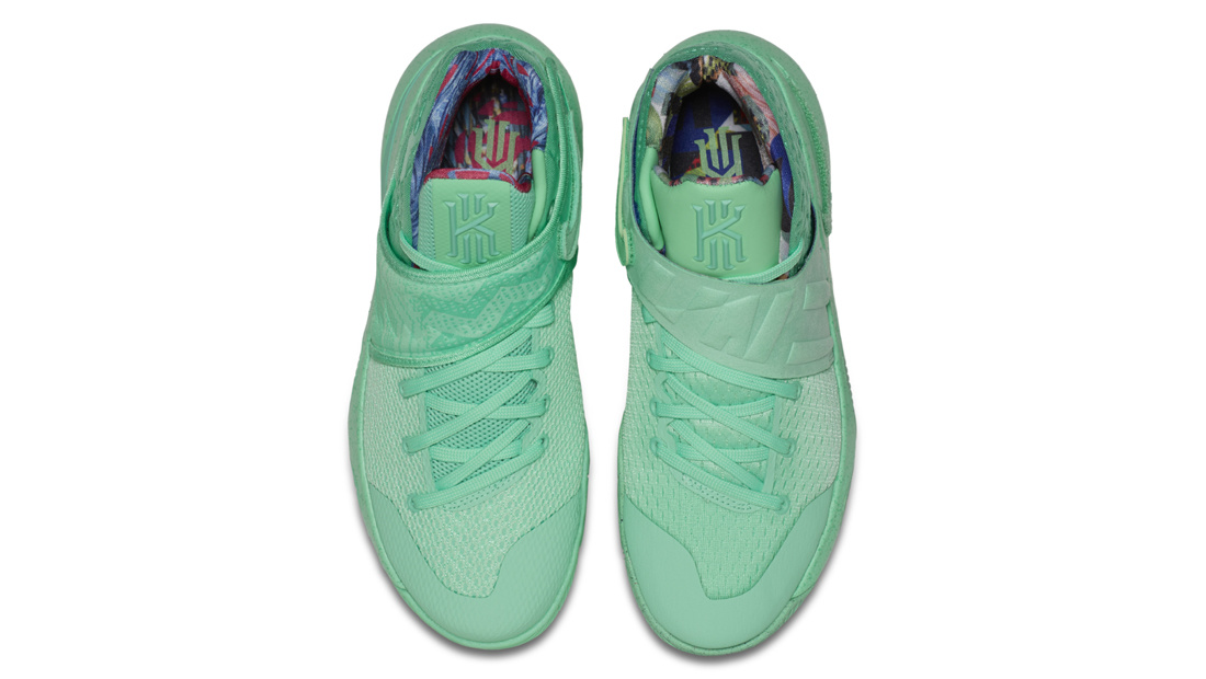 What the Nike Kyrie 2 Green 914681-300 Top