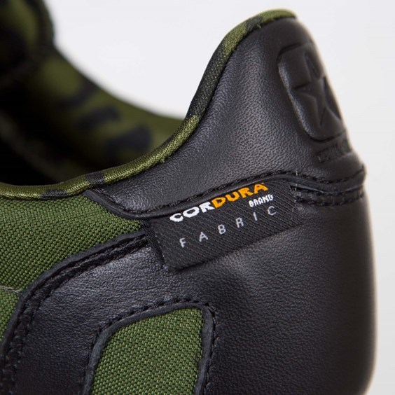 Undefeated x Converse Auckland Racer Cordura tag