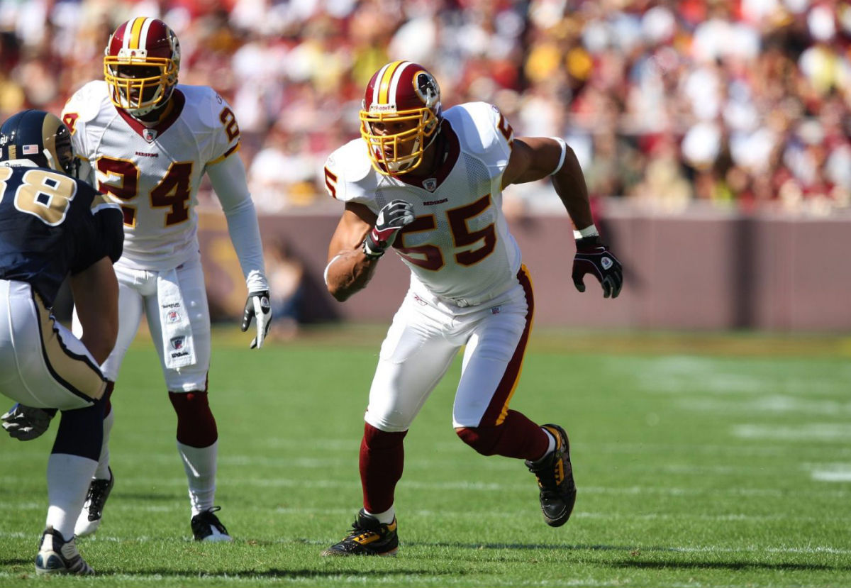 Jason Taylor Wearing Air Jordan III 3 Redskins PE Cleats (7)