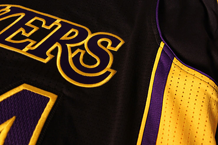 Los Angeles Lakers Unveil Hollywood Nights Black Alternate Uniforms (2)