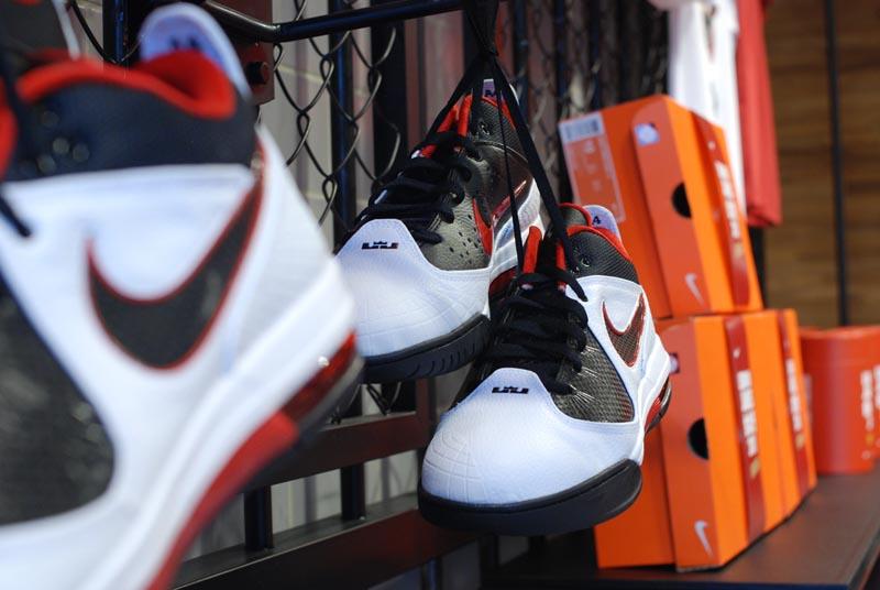 promo code 154a5 96160 Nike Air Max Ambassador IV - White Black-Varsity Red