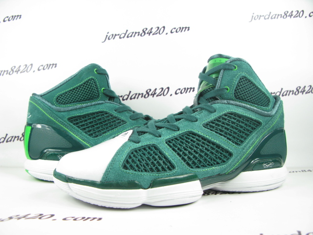 7163e005e636 adidas adiZero Rose 1.5 - St. Patrick s Day - New Images. Another look at  Derrick Rose s Irish ...