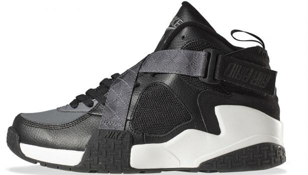 Nike Air Raid Black/Flint Grey-White