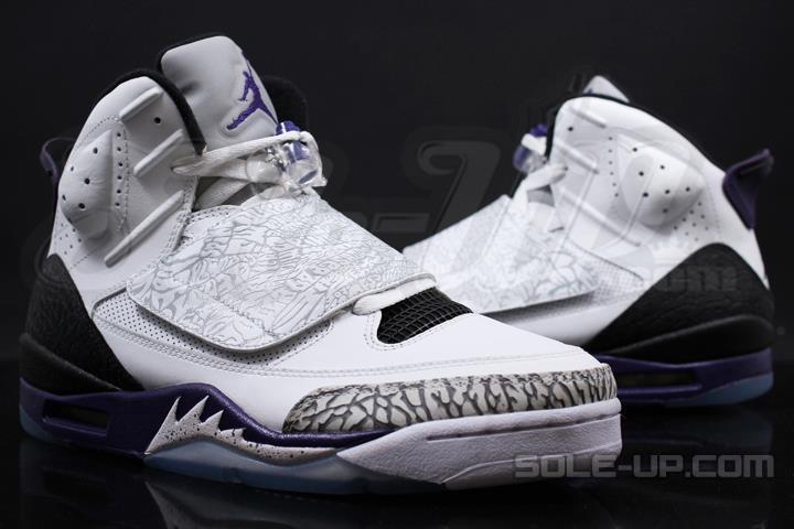 31d35da68c9c63 Jordan Son of Mars White Club Purple Cool Grey Black 512245-106 (2)