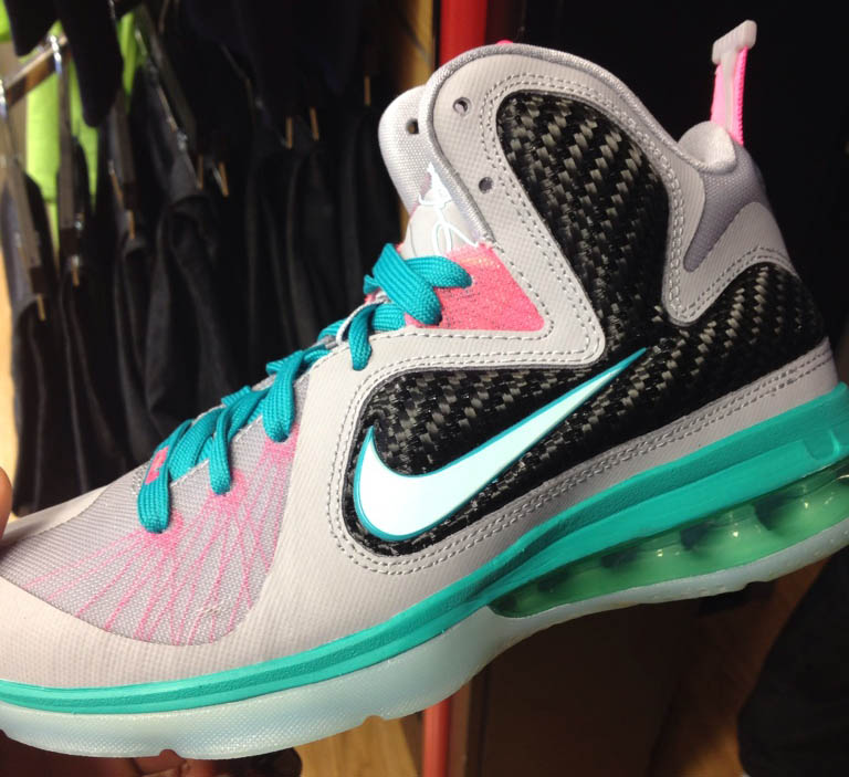 Nike LeBron 9 GS South Beach Miami Vice