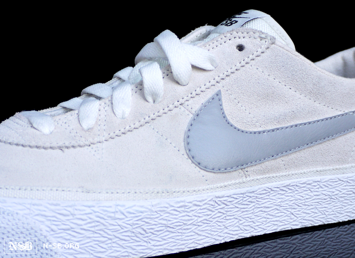 646cf05a8bf2 Nike SB Bruin - White Swan - June 2012