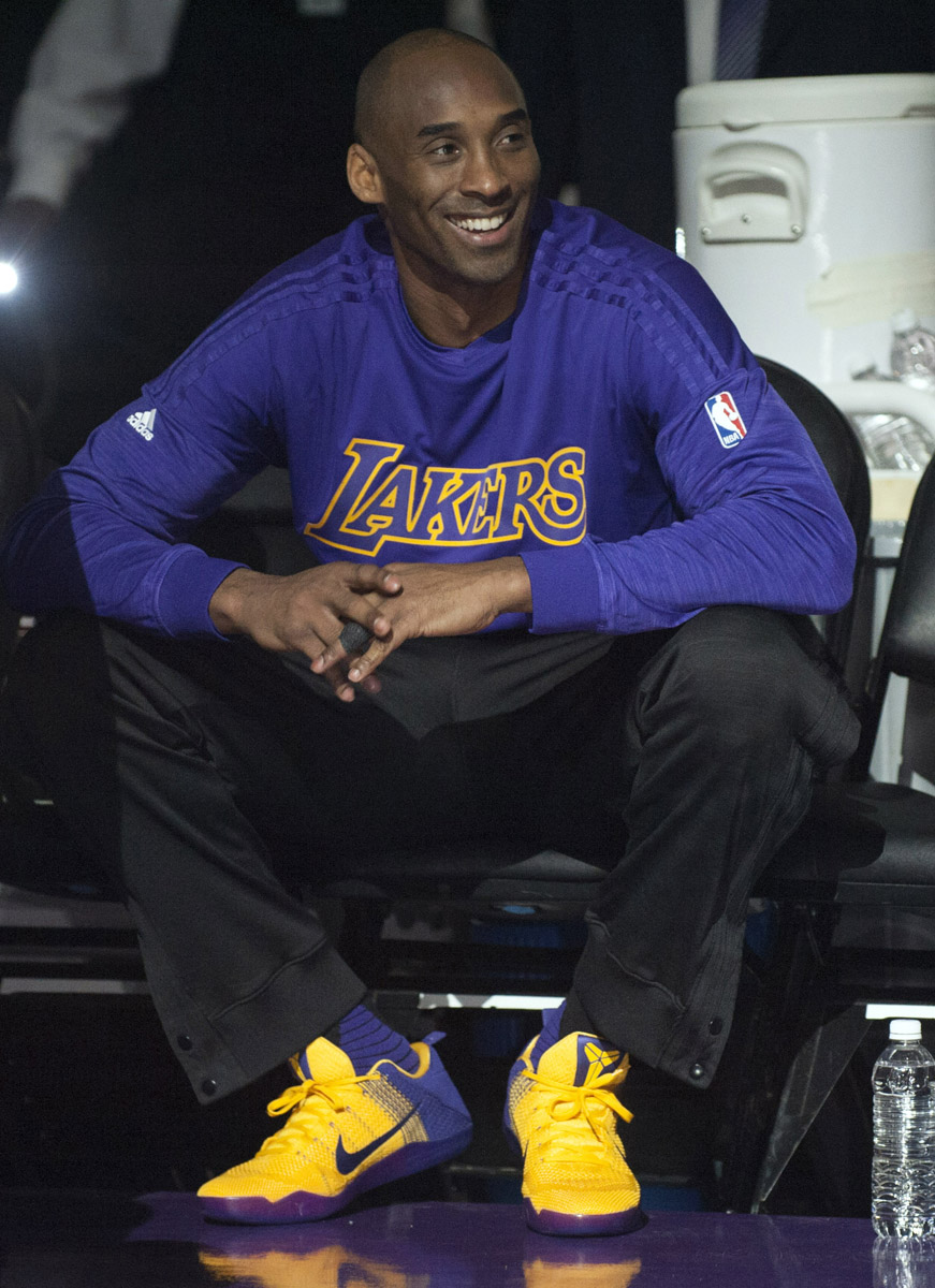 Solewatch Kobe Bryant Debuts Lakers Nike Kobe 11