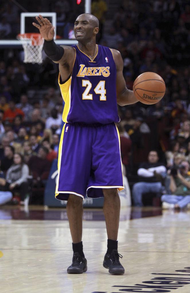 a236597f195 Kobe Bryant wearing Nike Kobe 8 System Blackout (1)