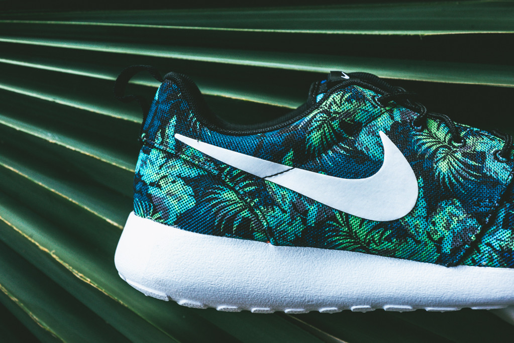 best sneakers ef554 40f2a Floral Nike Roshe Runs in Space Blue and Poison Green   Sole Collector