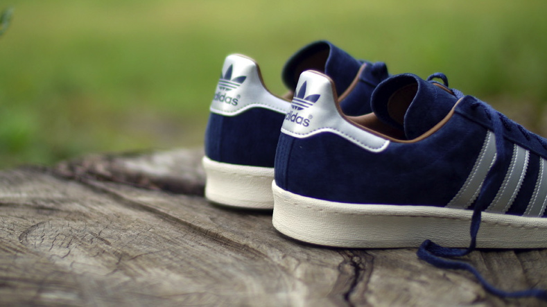 mita sneakers x adidas Originals Campus 80s navy silver heel detail