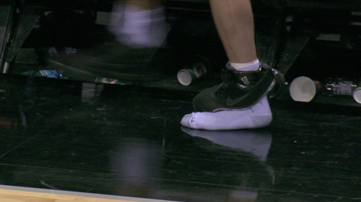 the latest 9a549 460c8 The 10 Most Embarrassing Sneaker Mishaps in the NBA