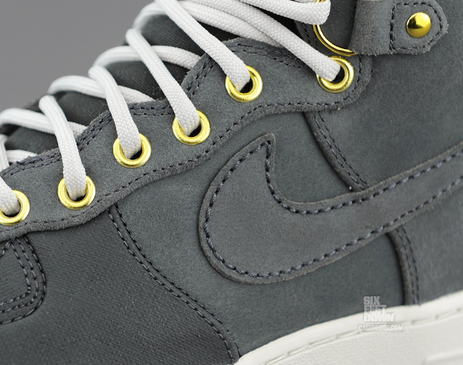 Nike Air Force 1 Duckboot in Anthracite upper