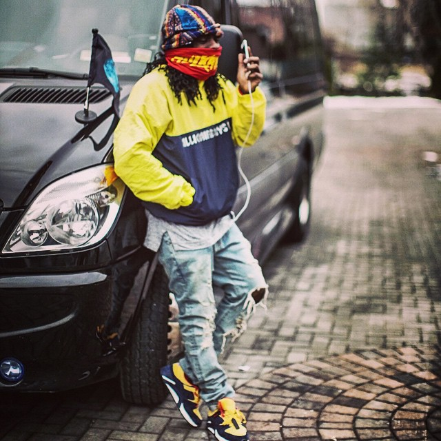 Wale wearing Packer Shoes x Saucony Grid 9000 Snow Beach