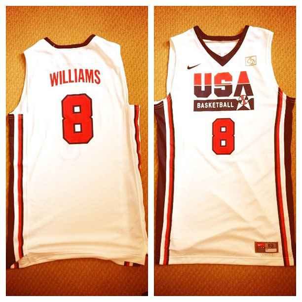 Deron Williams 1992 Dream Team Throwback
