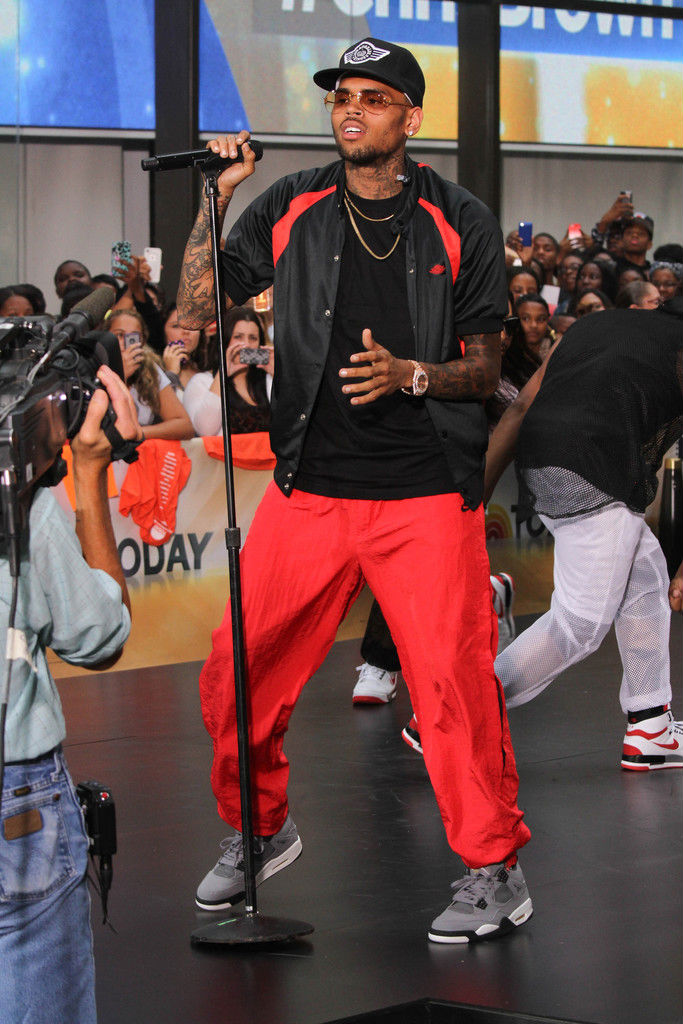 Chris Brown Wearing Cool Grey Air Jordan IV 4 Retro (9)