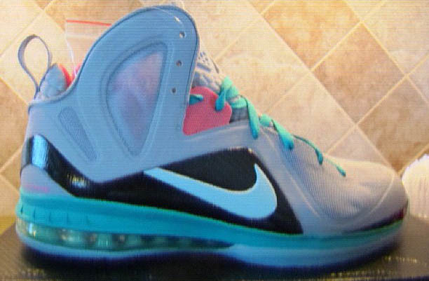 Nike LeBron 9 IX South Beach Mint Candy 516958-001 (1)