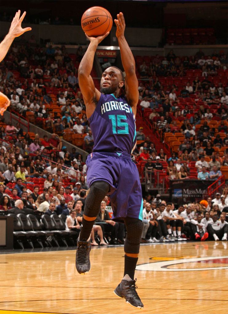 Kemba Walker wearing the 'Black' Jordan Super.Fly 4