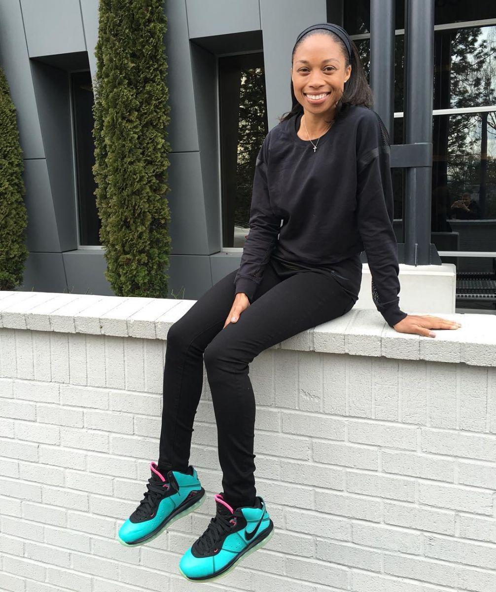 7fdb75e9ec18 Allyson Felix Wearing the  South Beach  Nike LeBron 8