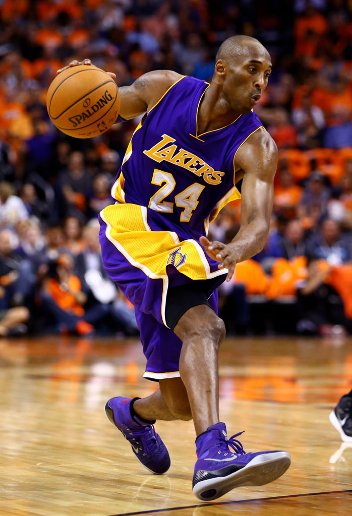 sale retailer bb4d7 9398a Kobe Bryant wearing Nike Kobe 9 Elite Purple (1)