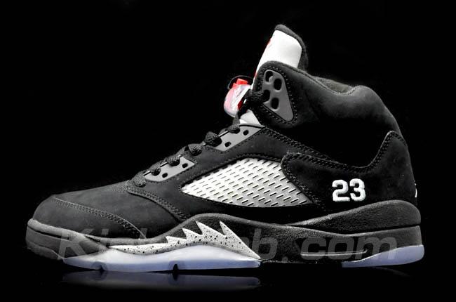 air jordan retro 5 black and white