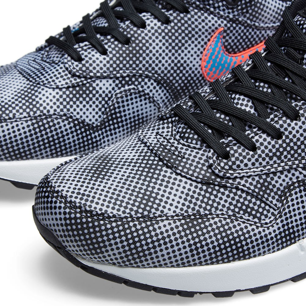 1a639cb073fd Polka Dots Cover This 'Hypervenom' Nike Air Max 1 | Sole Collector