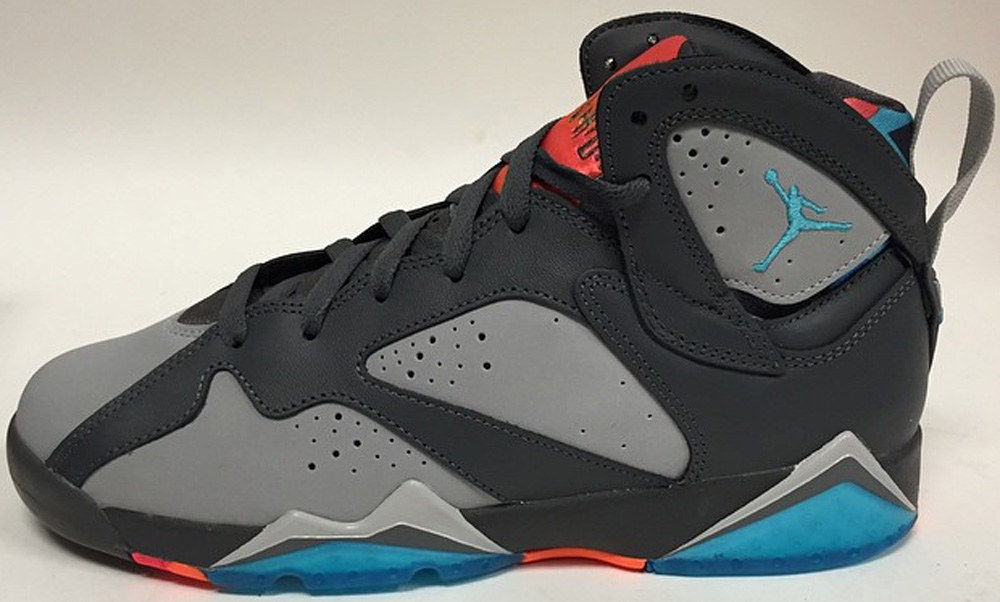 Air Jordan 7 Retro Dark Grey/Wolf Grey-Total Orange-Turquoise Blue