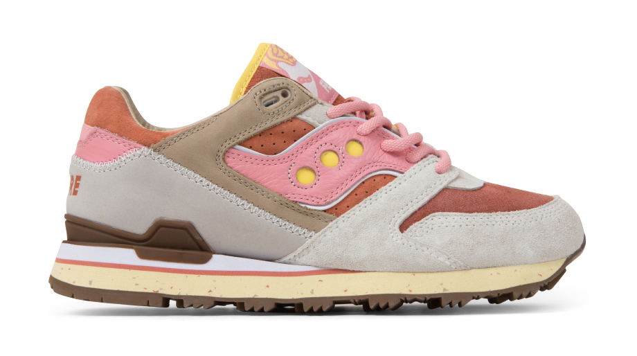 Feature Saucony Bacon and Eggs Profile