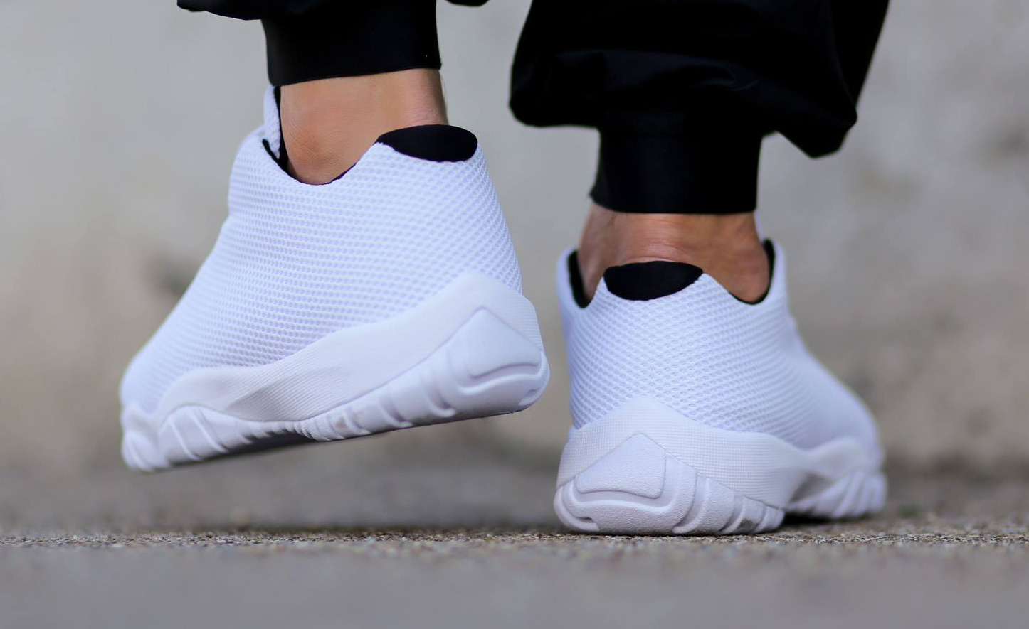 air jordan future low all white