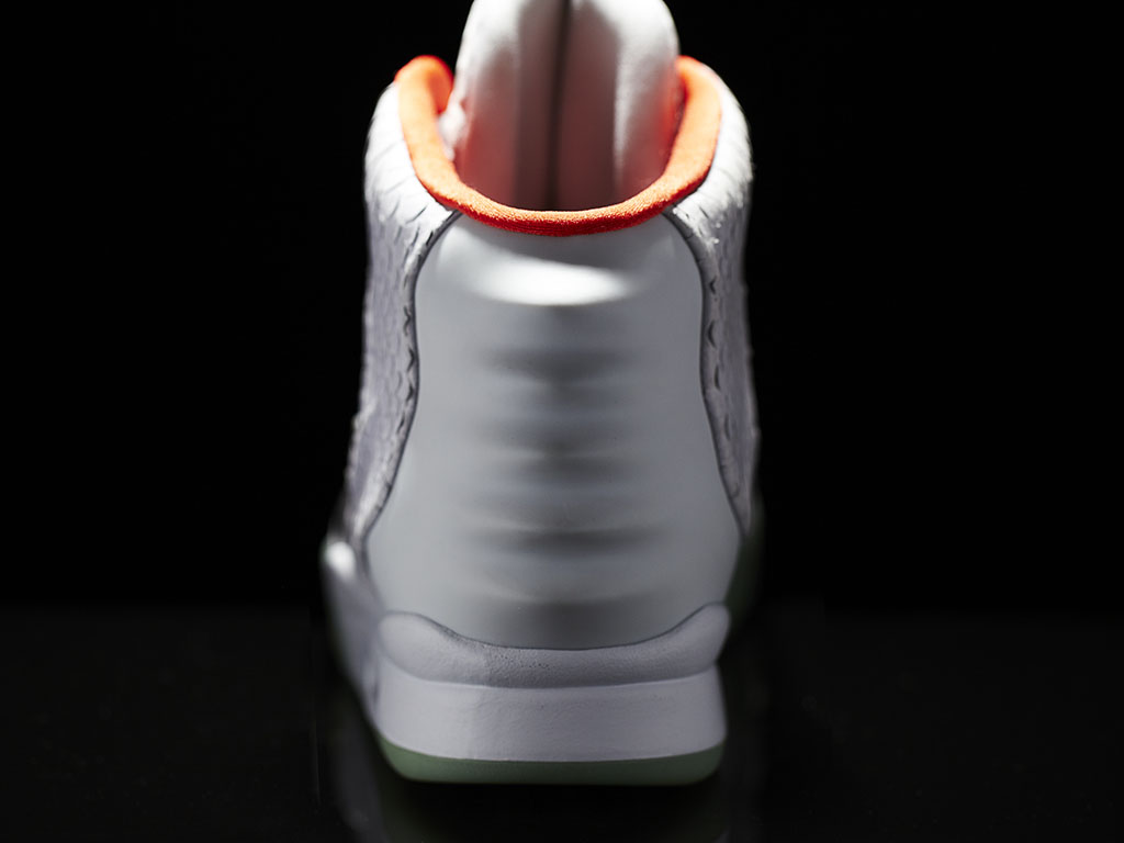 Nike Air Yeezy II Platinum Official Photos (6)