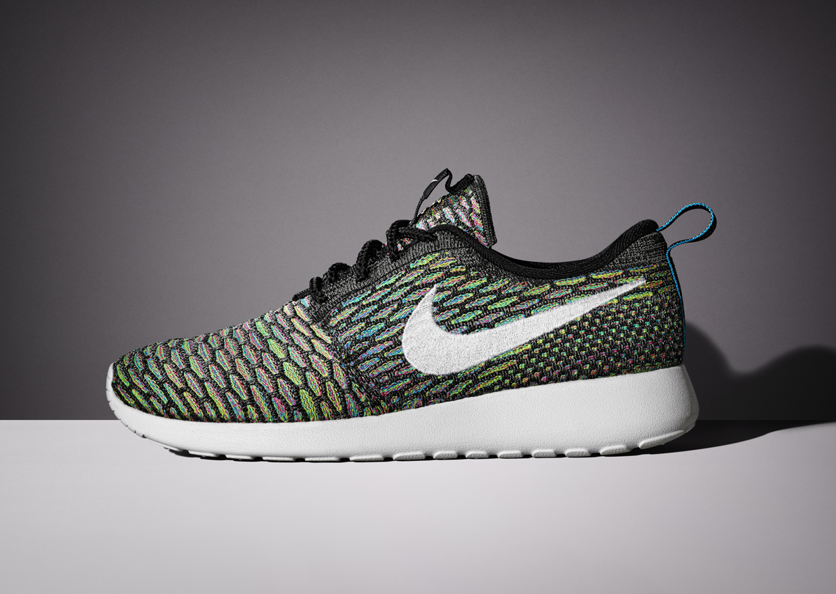 buy online 8a9b8 9e1eb Take a look at these official images for this womens Nike Roshe Run  creation and circle February 5th, 2015, as their date of arrival. Tags. ○ Nike  Flyknit