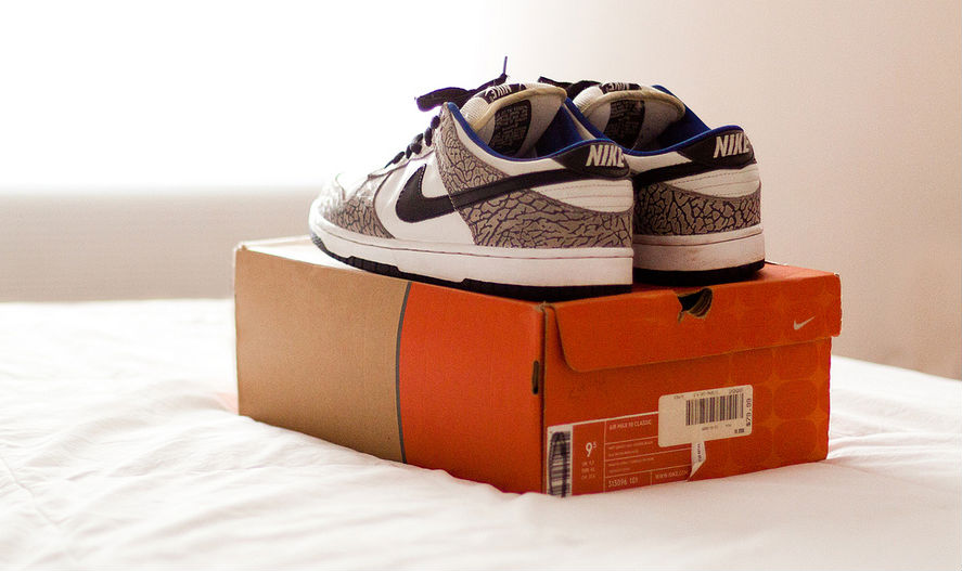 Spotlight // Pickups of the Week 4.14.13 - Nike SB Dunk Low Pro White Supreme by NosNoid
