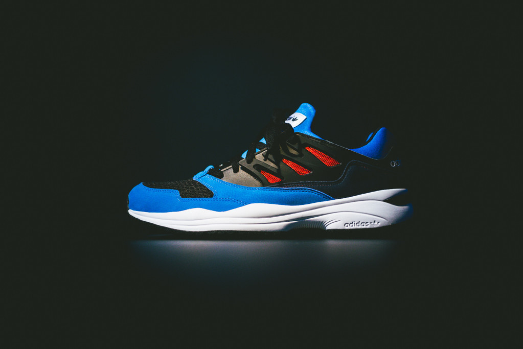 the latest e3575 58eda adidas Torsion Allegra - Blue Red Black