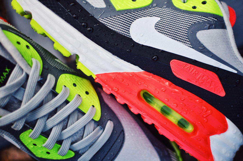 Odio Igualmente Evaluación  Water Resistant' Nike Air Max Lunar90s To Combat The Winter | Sole Collector