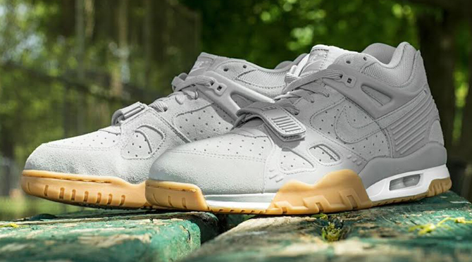 b67536ded367 Images via Kicks USA. by Brendan Dunne. If there s a common thread between  current Nike Air Trainer 3 ...