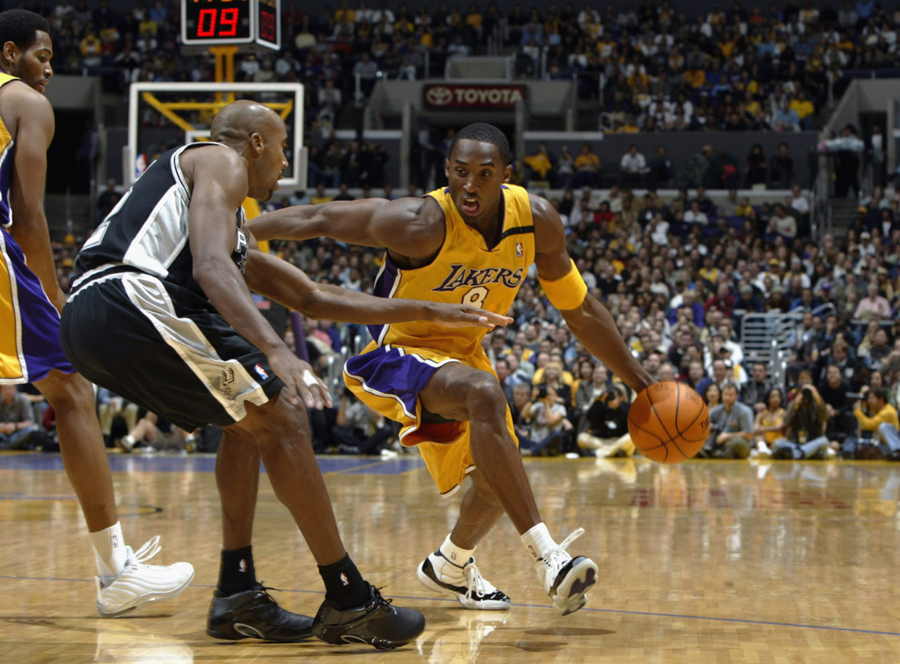 Kobe Bryant wearing the 'Concord' Air Jordan 11