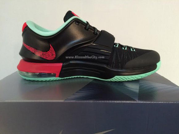info for 5b416 59cd5 Release Date: Nike KD 7 'Bad Apple' | Sole Collector
