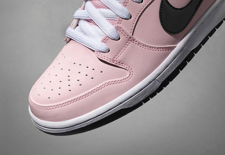 new product d77e9 28238 Image via Nike Pink Box Nike SB Dunk 833474-601 Toe Detail