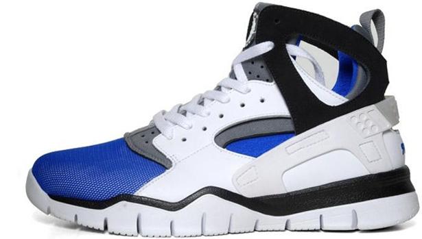 Nike Air Huarache BBall 2012 White/Black-Soar