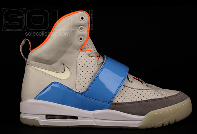 huge discount 064e3 f1ede Kanye West Nike Air Yeezy 2 Zen Grey University Blue Sample