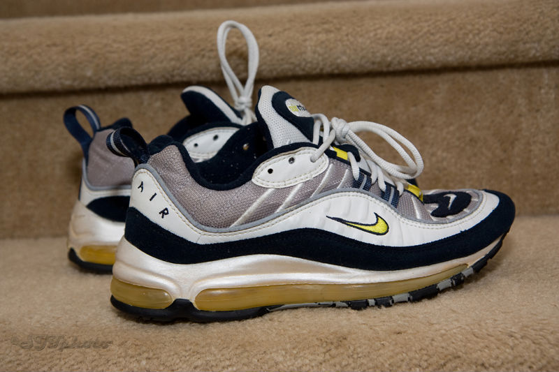 Spotlight // Pickups of the Week 11.10.12 - Nike Air Max 98 by sik_one