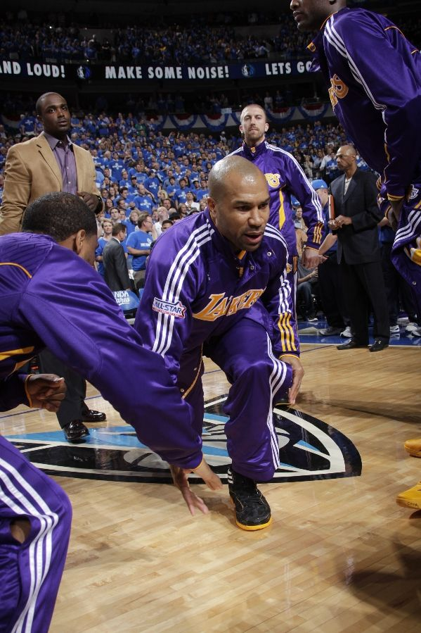 Derek Fisher wearing the adidas adiZero Crazy Light