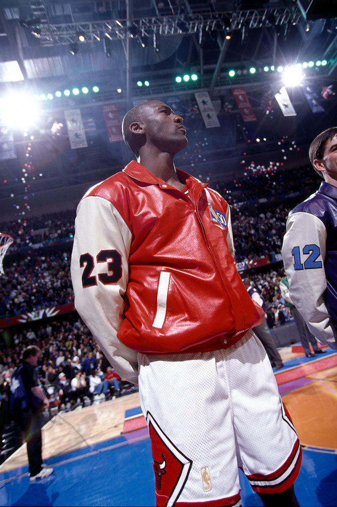 52 Michael Jordan Photos (45)