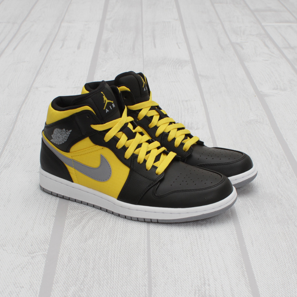 Air Jordan 1 Phat - Black Stealth-Sport Yellow. Another ... 948049f0a45a