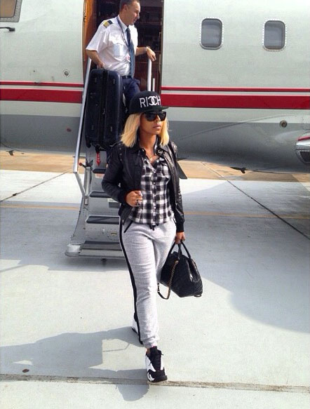 Ashanti wearing Air Jordan XIV 14 Black Toe