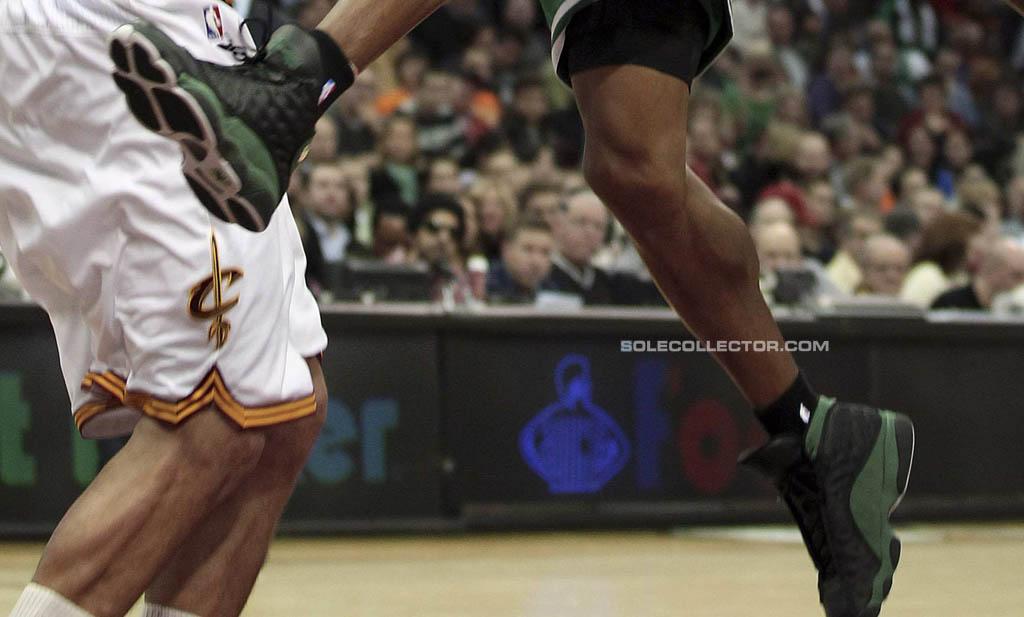 767fb969f7dc90 Ray Allen Wears Black Green Air Jordan 13 PE Against Cavs