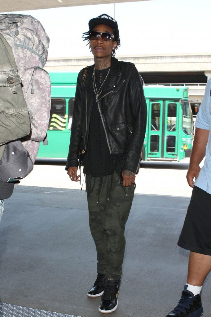 Wiz Khalifa wearing Air Jordan Retro I 1 Black Gold (2)